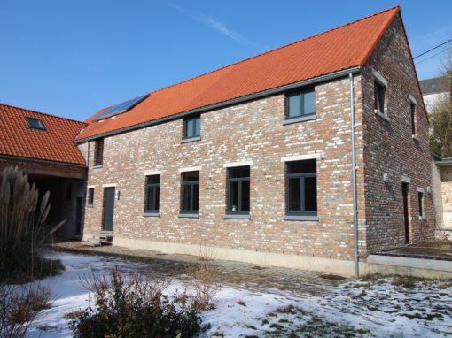 Rénovation d'un corps de logis de ferme à Tourinnes la Grosse